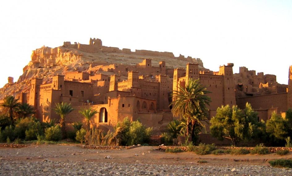 Ait Benhaddou village .